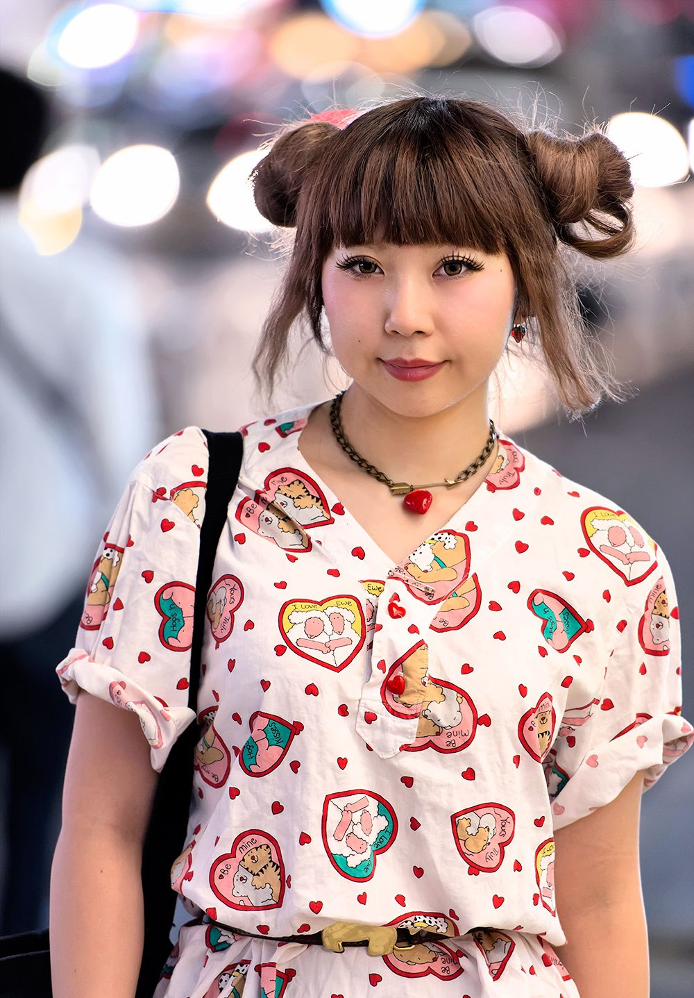 chinese-ox-horns-double-bun-hairstyles