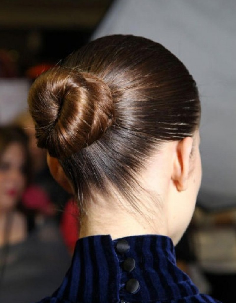 Updos For Long Hair To Perfect Your Image foto