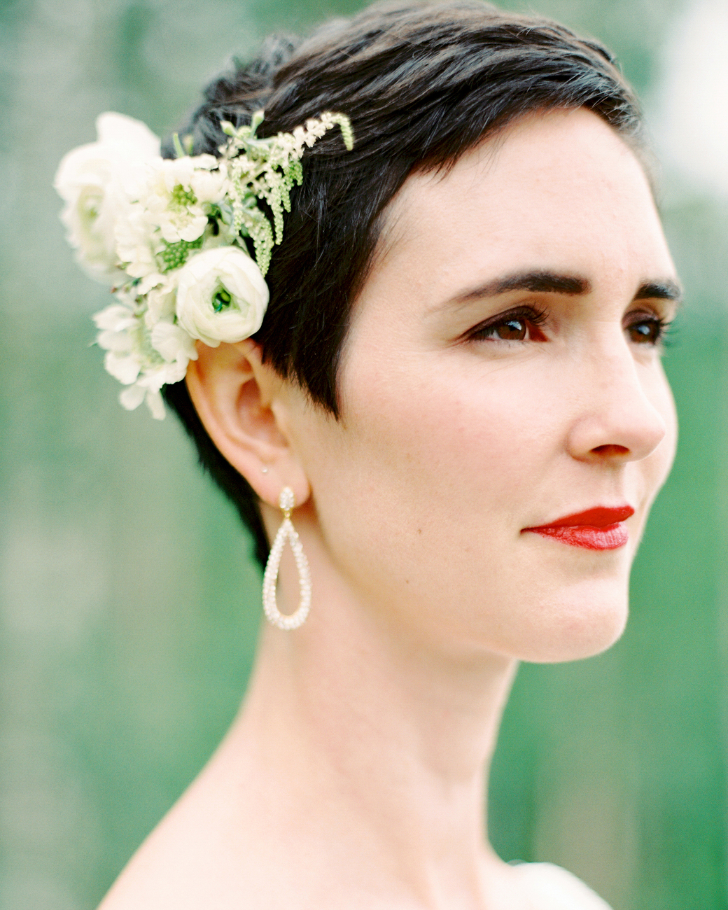 Short wedding pixie cut with flowers