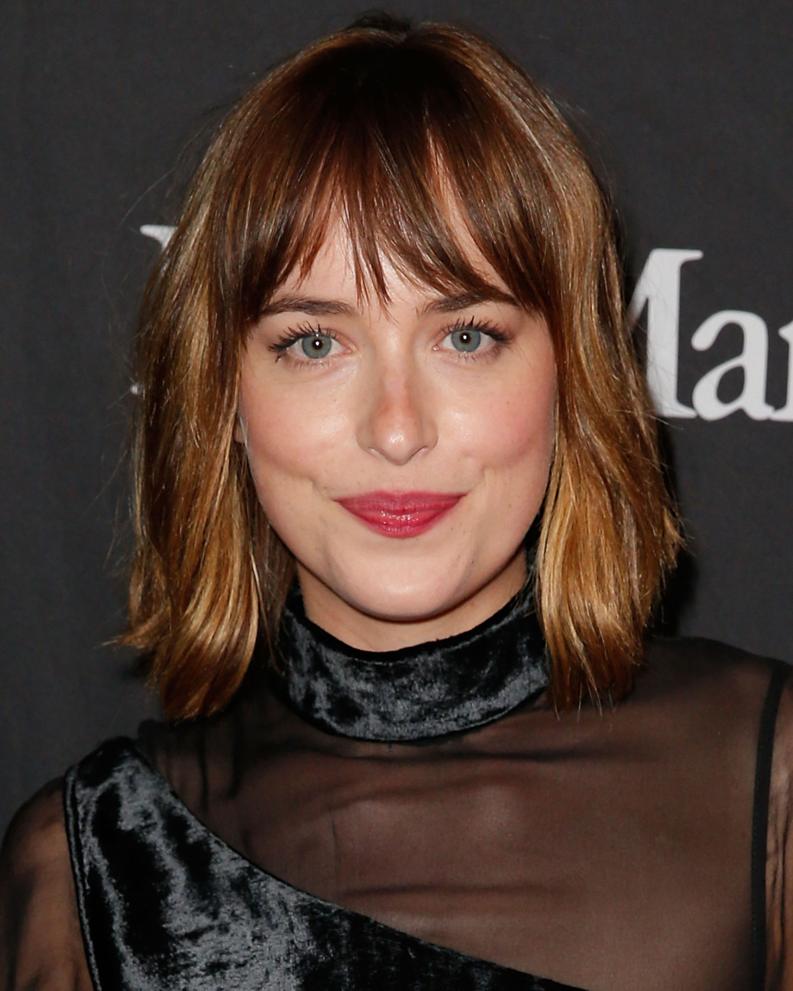 Dakota Johnson trendy bob hairstyles 2017