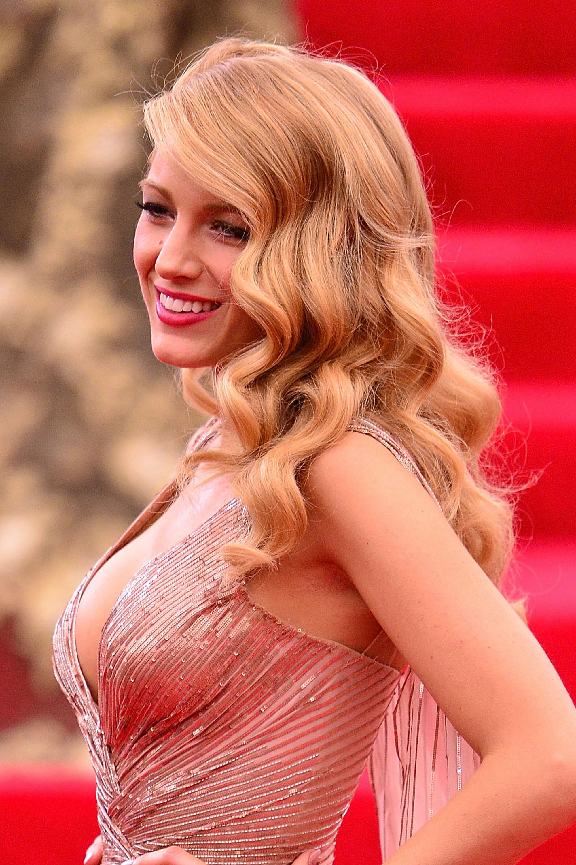 Blake Lively retro Hollywood hairstyles