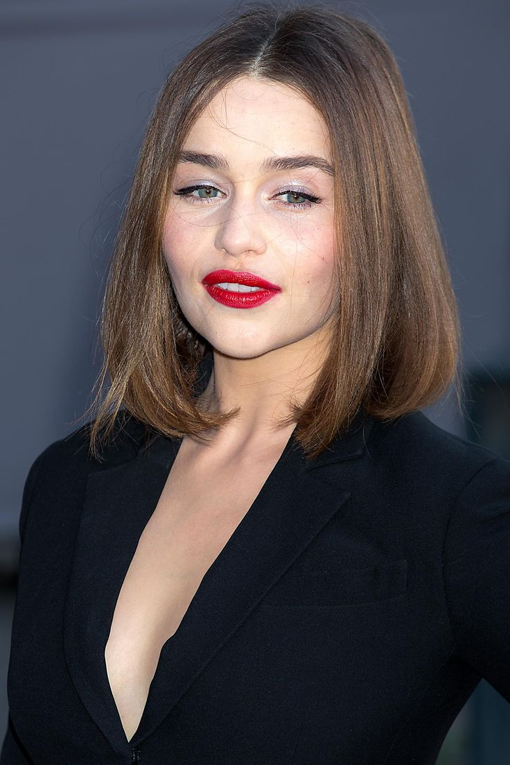 Emilia Clarke brown hair colors 2017
