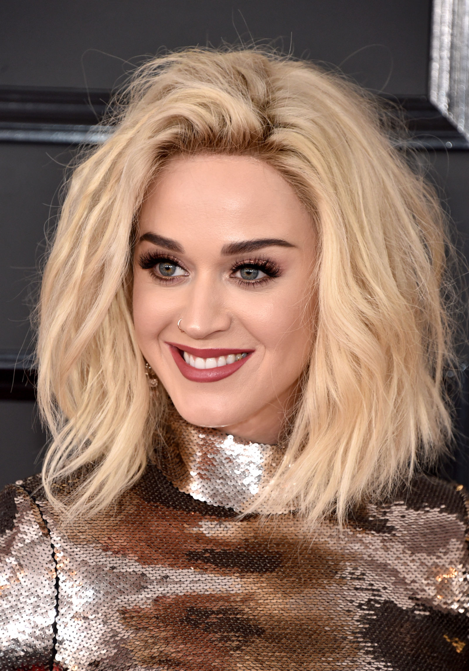 Katy Perry blonde bob hairstyles 2017