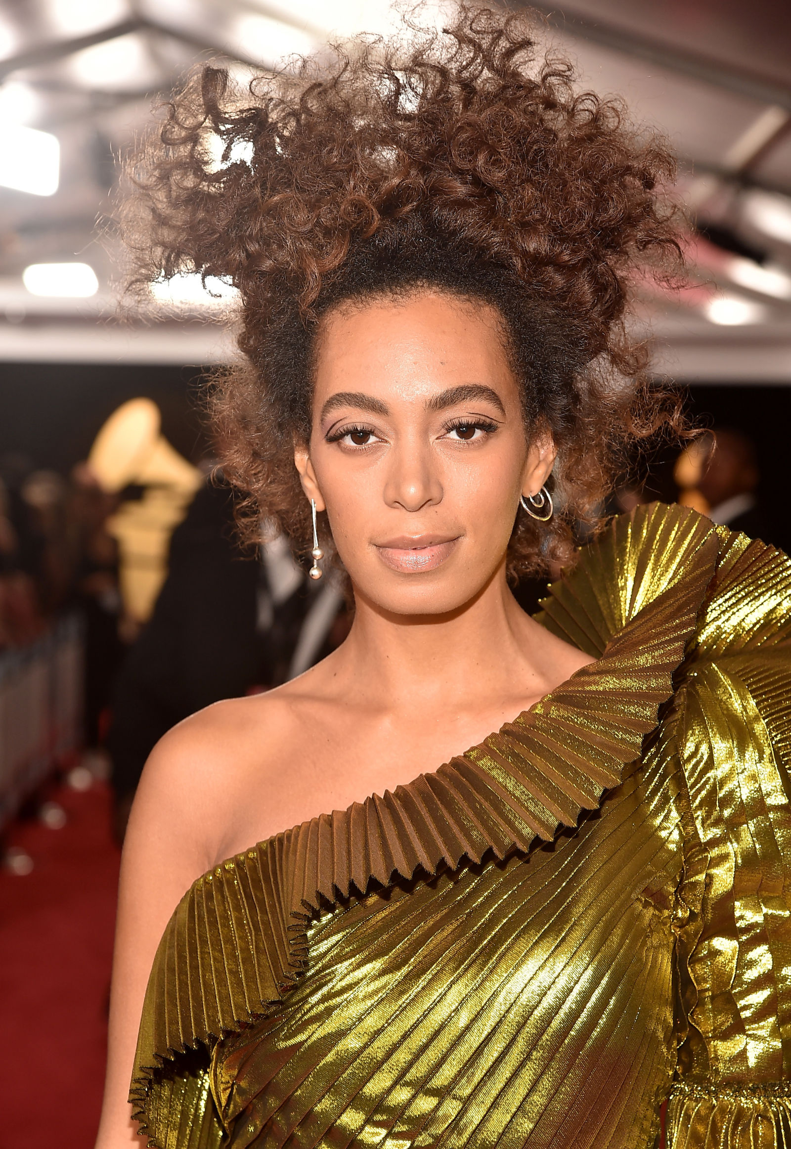 Solange natural curly hairstyles 2017