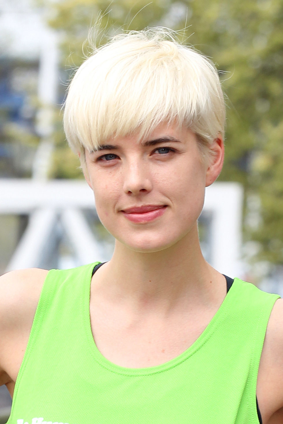 Agyness Deyn blonde pixie hairstyles