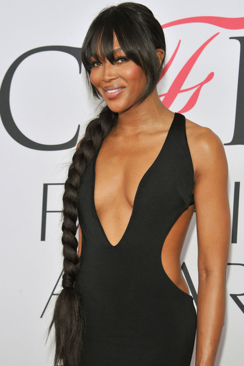 Naomi Campbell side braids ponytail hairstyles