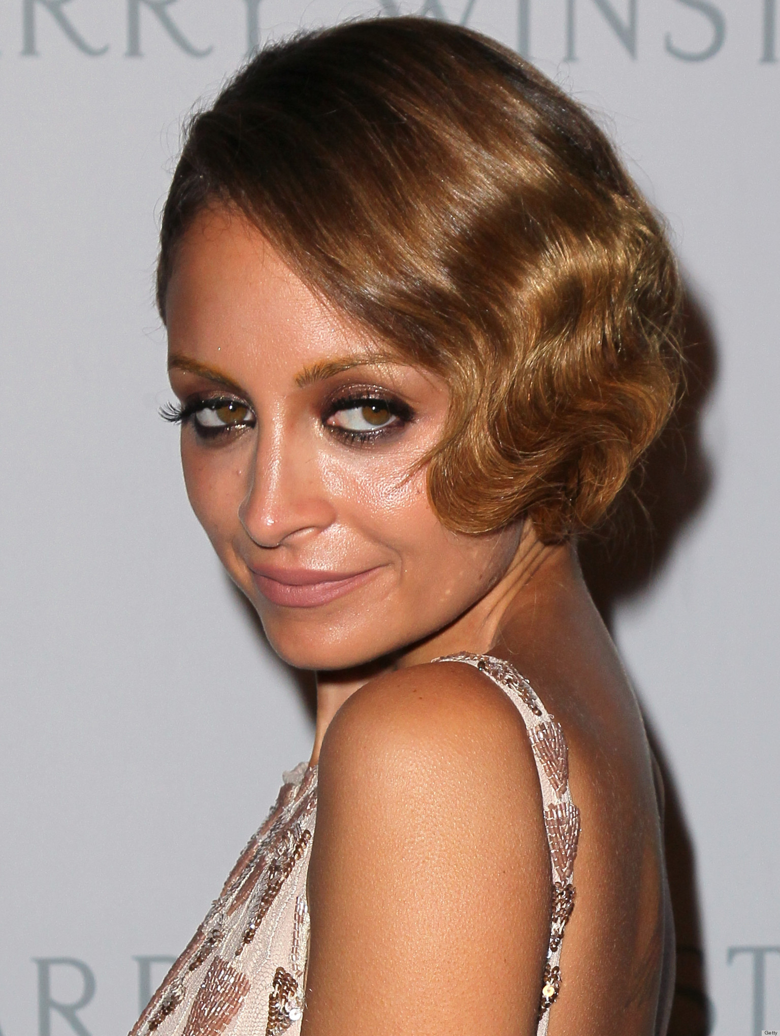 Nicole-Richie-finger-waves-hairstyles