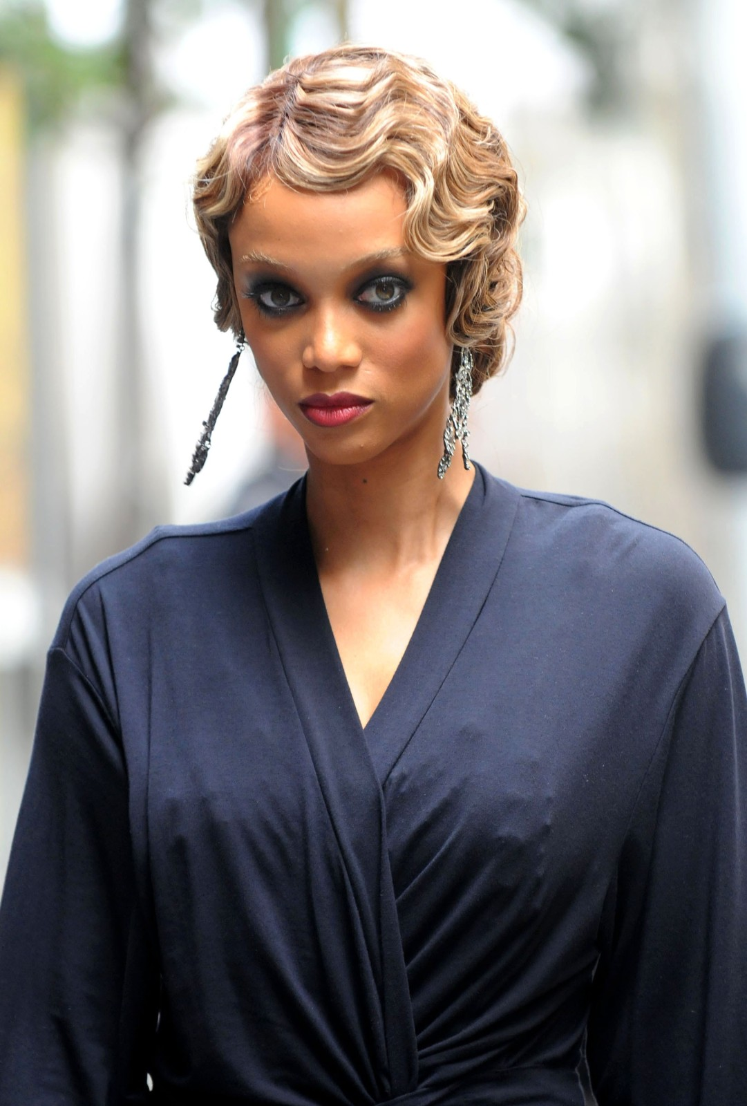 Tyra Banks finger waves hairstyles