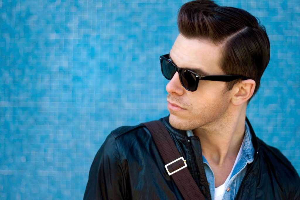 modern widows peak hairstyles for men