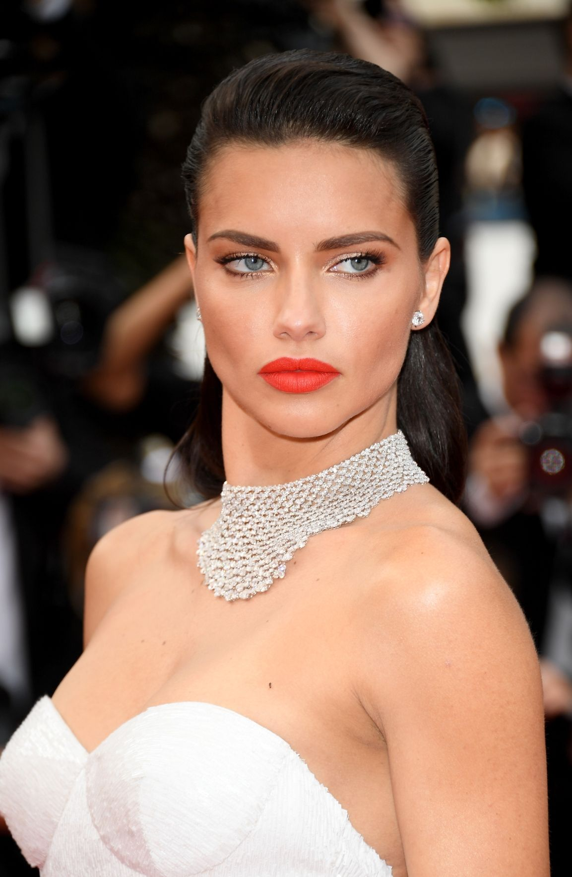 Adriana Lima slicked back hairstyles 2017 Cannes