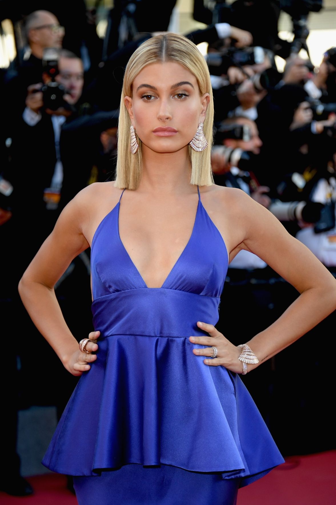 Hailey Baldwin bob hairstyles 2017 Cannes