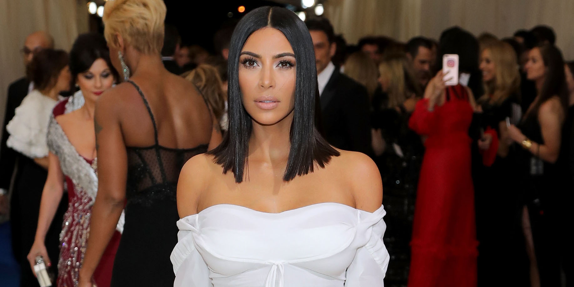 Kim-Kardashian-long-bob-hairstyles-at-MET-GALA-2017