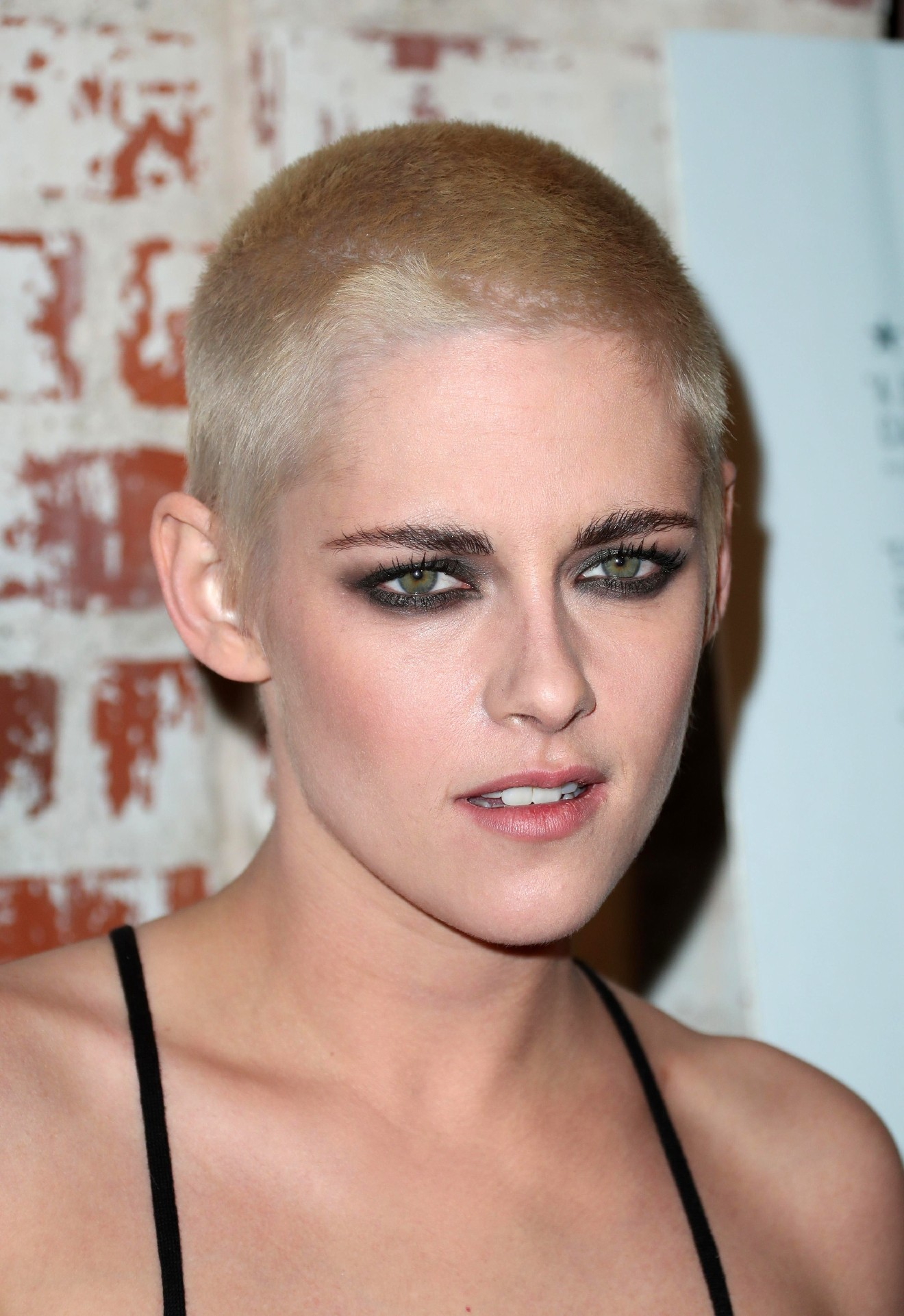 Kristen Stewart buzz cut hairstyles