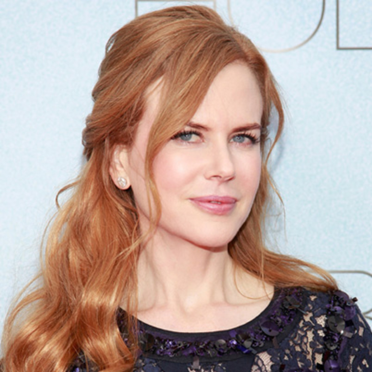 Nicole Kidman strawberry blonde long hairstyles