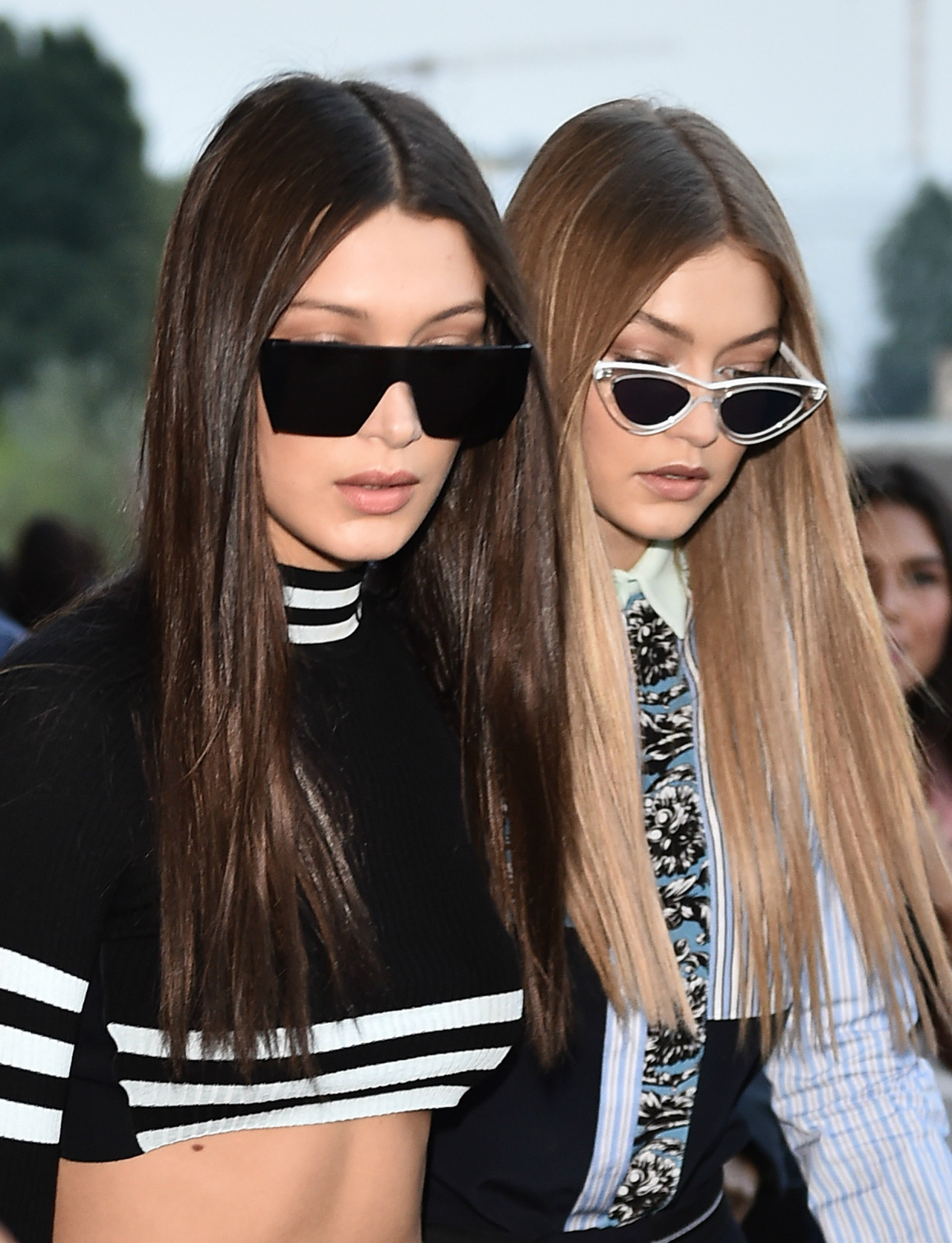 Hadid sisters extra sleek hair 2017
