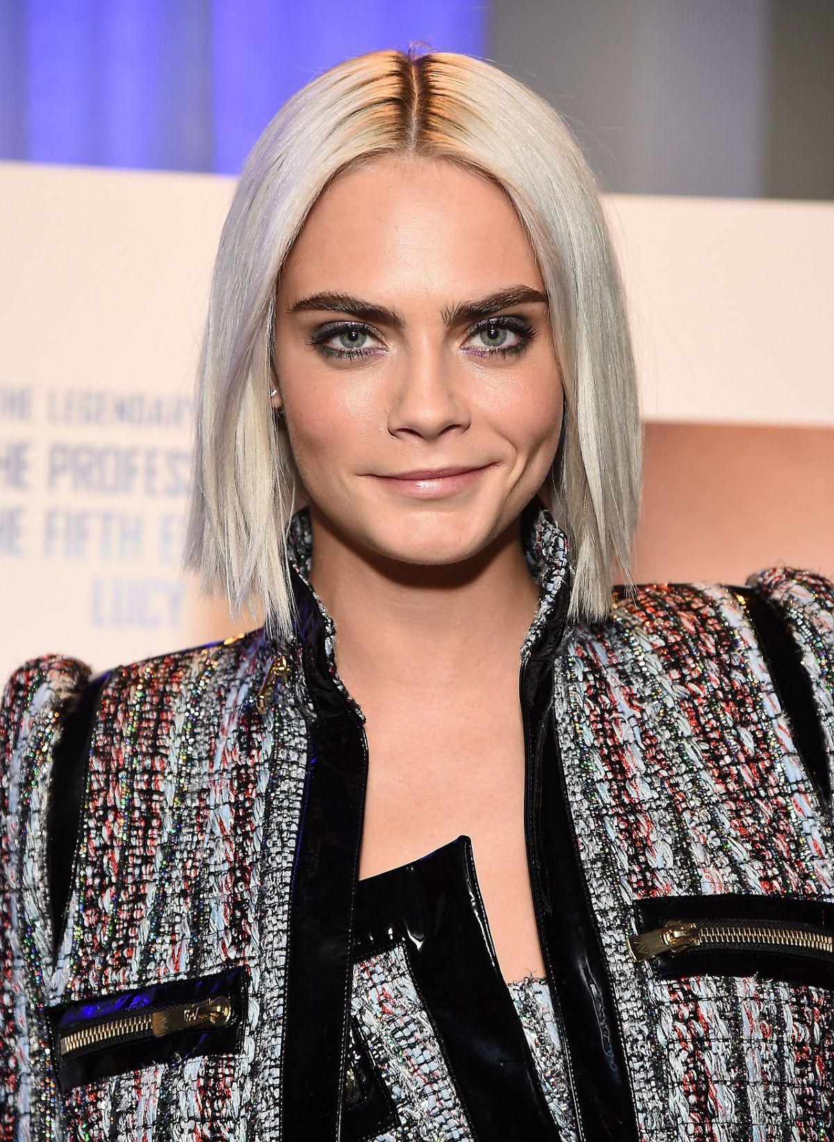 Cara Delevingne mid part bob hairstyles for 2018