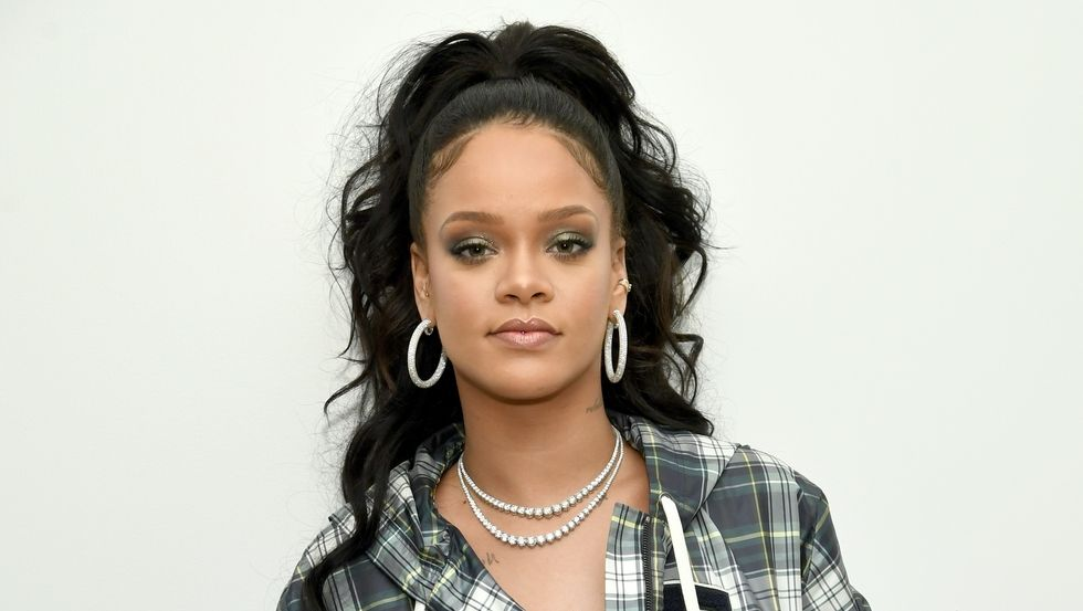 Rihanna high ponytail hairstyles 2018