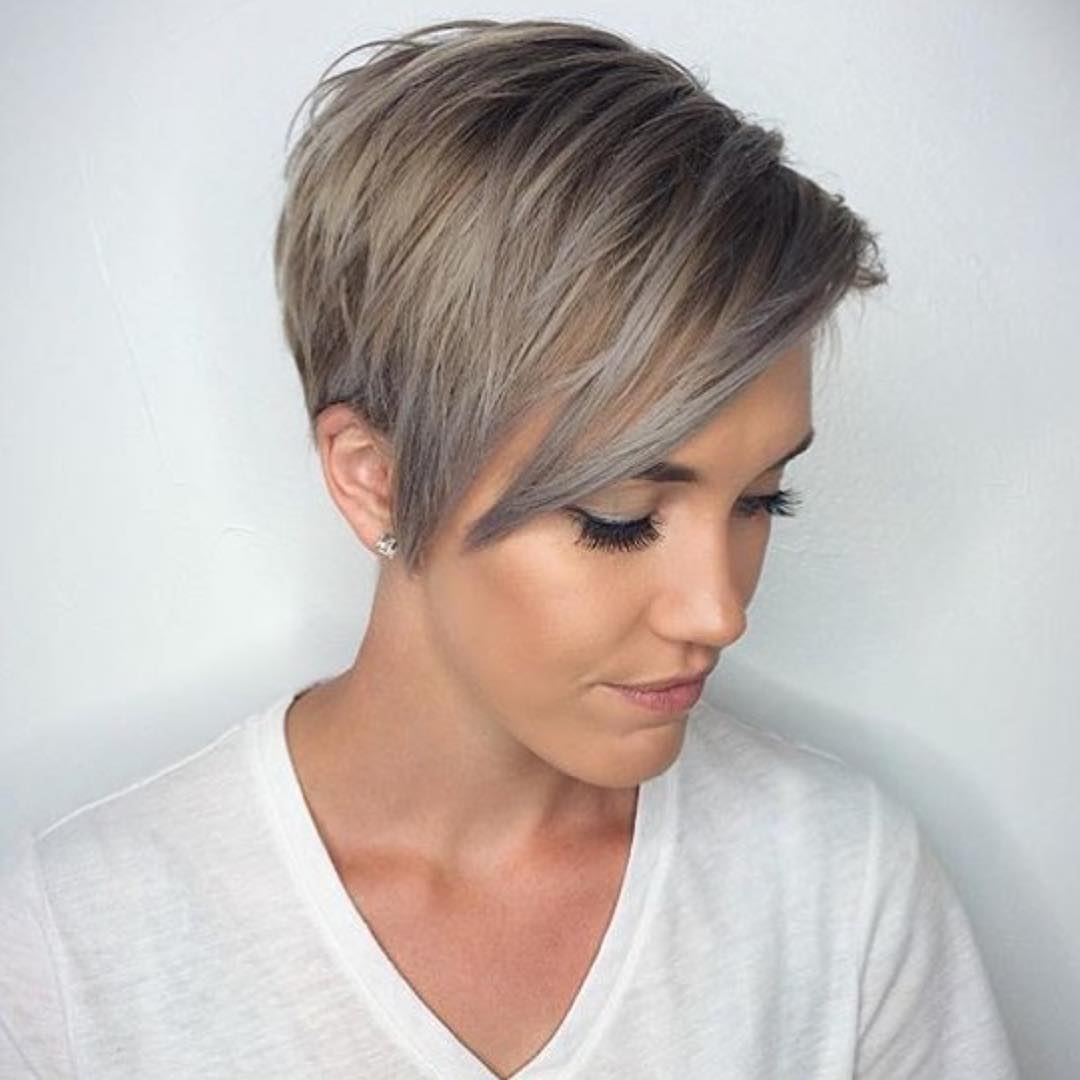 Winter Fit: Extravagant Silver Pixie Haircuts | Hairdrome.com