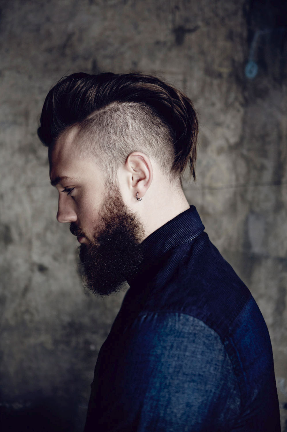 Cool Undercut With Beard Mens Hairstyles 2017   Hairdrome.com
